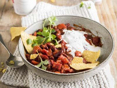 """Tip 2 – Optez pour une alimentation plus végétale avec """"Alpro Greek Style""""."""